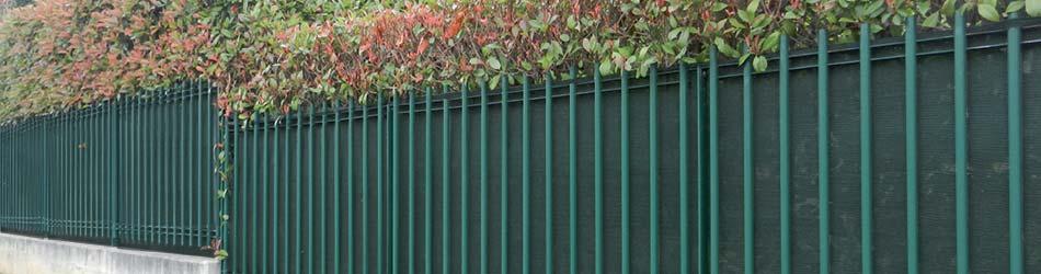 Recinzione giardino economica recinzioni in legno per for Tovaglie plastificate leroy merlin